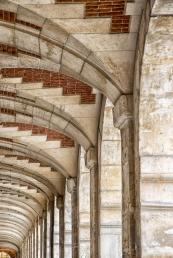 Archway Place des Voges
